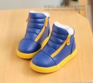 синие ботики